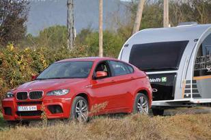 BMW X6M con una caravana Dethleffs Aero Style 470DB