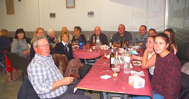A continuación, y como es tradicional, tuvo lugar el almuerzo navideño del club en el bar Panorama