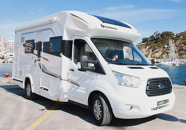 Las autocaravanas Benimar son las preferidas para alquilar, económicas y funcionales.