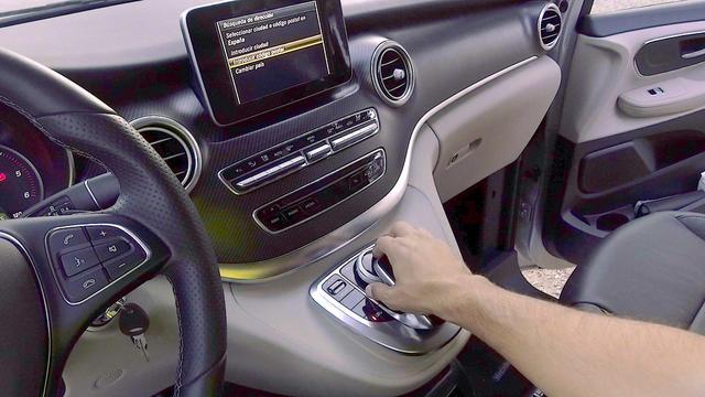 El sistema multimedia es poco intuitivo.