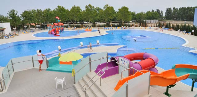 Nueva piscina en el camping las dunas for Camping el jardin de las dunas