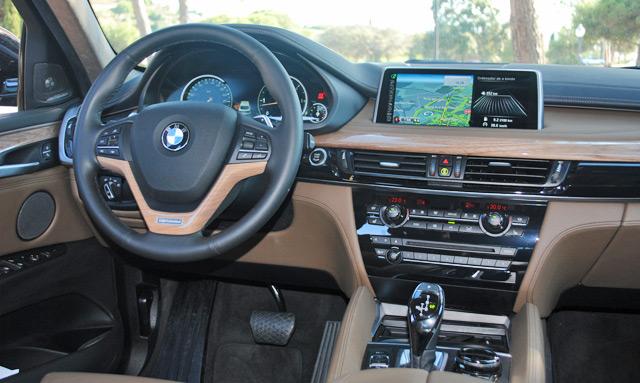 La posición de conducción es muy natural, como suele suceder en los BMW